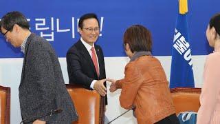 """고교생들 """"선거연령 낮춰라""""…여당 """"반성합니다"""" / 연합뉴스TV (YonhapnewsTV)"""