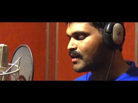 Neenu neene illi naanu naane..one of the kannada movie song from the movie gadibidi ganda...