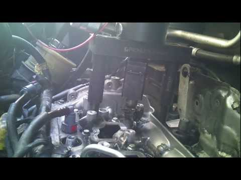 Renault Traffic 2.0 M9R Engine - Injector Removal