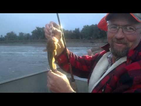 Catfishing Drayton ND. Red River 2
