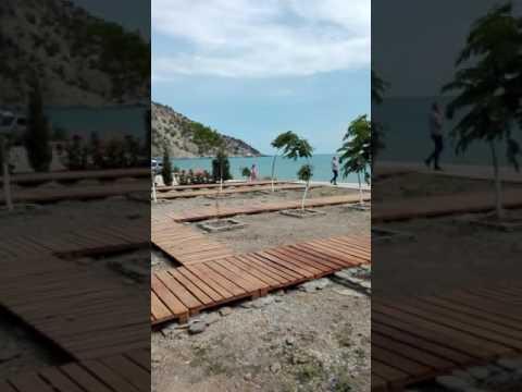 Отдых в Крыму гостиницы отели у моря на лето 2019 года, эллинги на берегу моря