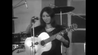 Shuly Nathan -Yerushalayim Shel Zahav, Live in Paris,France, 1968