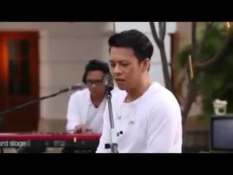 Ariel Noal-denting Piano Dari Iwan Fals