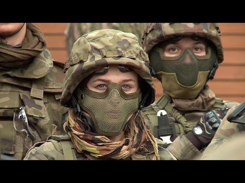 euronews (em português): Jovens polacos preparam-se para a invasão da Rússia