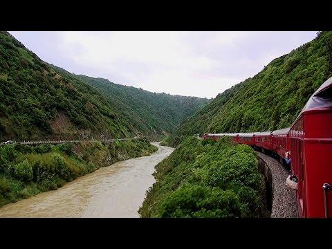 Manawatu Gorge – Deco Delights Express – The Return Trip