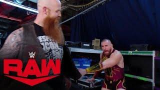 Mojo Rawley freaks out when looking inside Erick Rowan's cage: Raw, Jan. 6, 2020