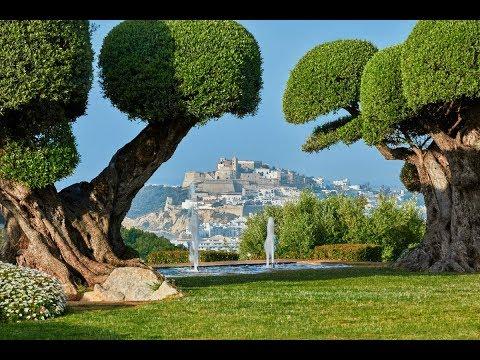 Superb luxury property in Ibiza with breathtaking views - Luxury Villas Ibiza