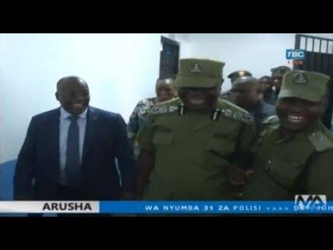 Rais Magufuli akiwa IGP Sirro amezindua kituo cha Kidiplomasia cha Polisi Arusha
