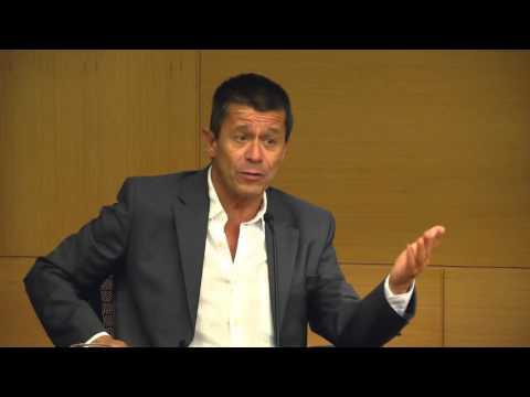 Emmanuel Carrère en Fundación OSDE - La novela de lo real