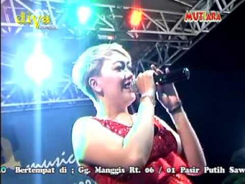 Diva Music _ Poppy Feat Fitri _ Kabut Biru