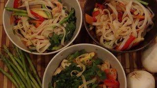 Рисовая лапша: с курицей, с креветками, с овощами. Давайте попробуем...