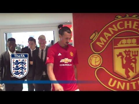 Leicester City v Man United - Tunnel Cam (Ibrahimović, Vardy) 2016 Community Shield   Inside Access