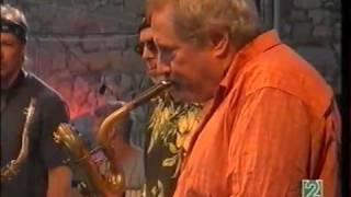 Ronnie Cuber baritone sax with Bill Evans-Randy Brecker SoulBop Band.mp4