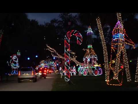 VIDEO:  Christmas lights inside the Snug Harbor Estates in Palm Beach Gardens