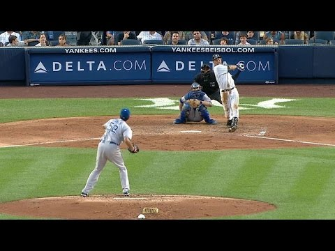 Derek Jeter hits an inside-the-park home run