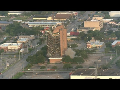 Jimmy Barrett - WATCH: First Pasadena State Bank tower brought down in implosion