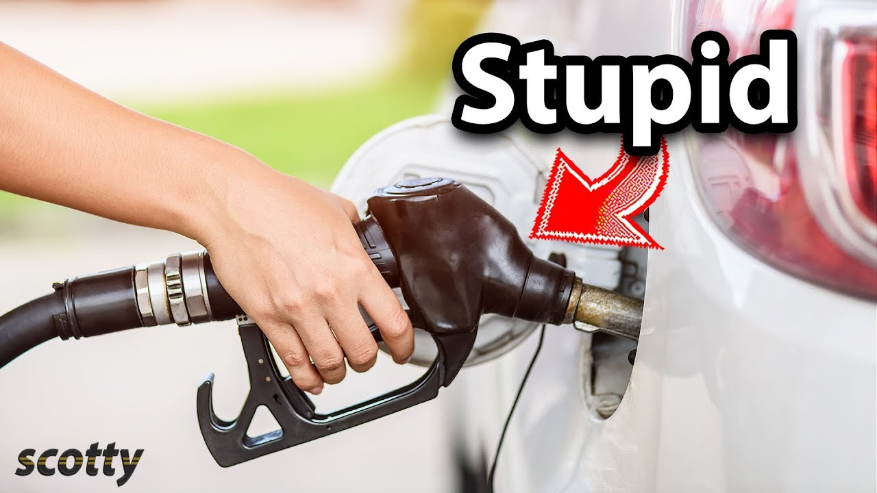 Here's How Stupid People Pump Gas