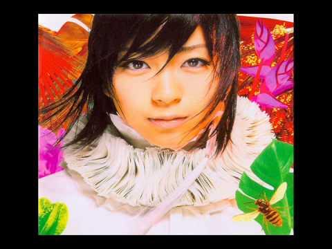 Utada Hikaru Sakura Drops Karaoke(instrumental+lyrics)
