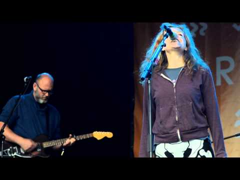 Neko Case - That Teenage Feeling (Live at Green Man Festival 2014)