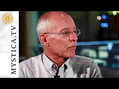 MYSTICA.TV: Dr. Ruediger Dahlke - Was die Hände und Füße über uns aussagen.