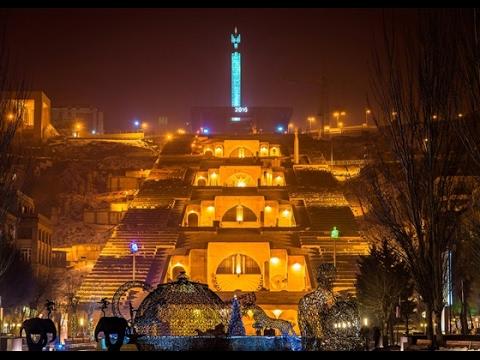 Ереван (Армения) Новый год 2017 (Площадь Свободы, Каскад, Северный проспект), Erevan, Երևան