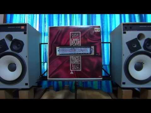 Larry Adler Plays Vivaldi - Pursell - Bach (HD)