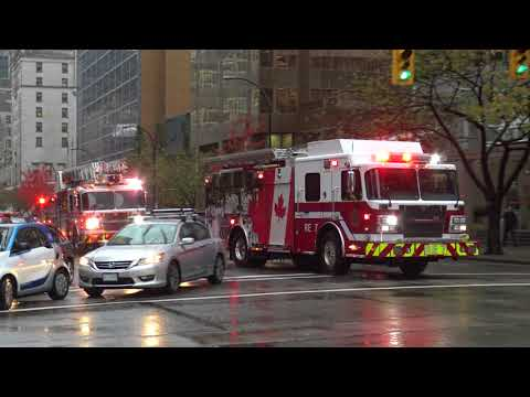 Vancouver Fire & Rescue Services - Rescue Engine 7 & Ladder 7 (Spare) Responding
