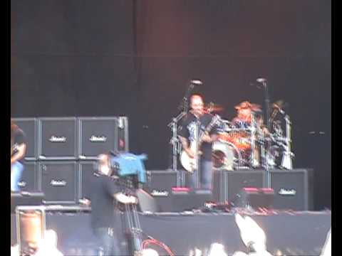 Staind - Outside at Download 2009