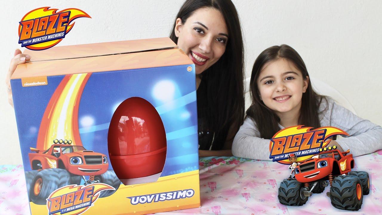 Uovissimo di blaze e le mega macchine apertura uovo for Blaze e le mega macchine youtube