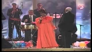 Celia cruz   la vida es un carnaval  EN VIVO 2002