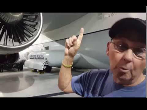 Vietnam vet revisits the USAF C-141!!!