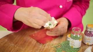 Fiore In Ghiaccia Reale/  Royal Icing Flower