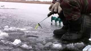 Саратов зимняя рыбалка 21 декабря 2013 первый лед Водник.
