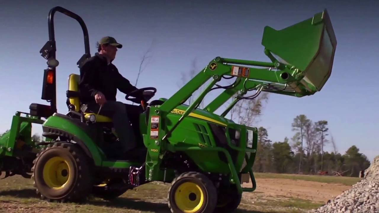 John Deere 1025R 25-HP Sub-Compact Utility Tractor