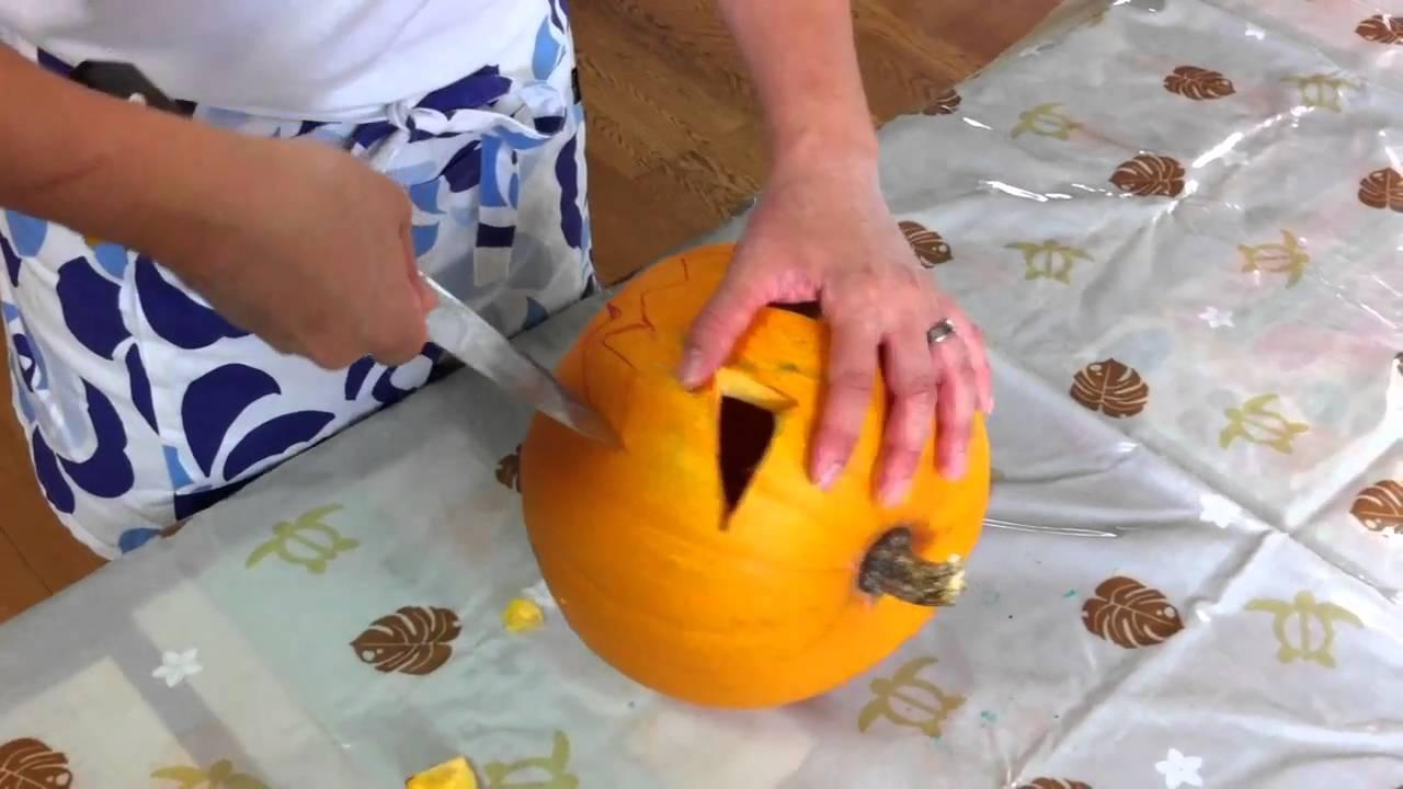 ハロウィンかぼちゃ(ジャック・オ・ランタン)の作り方