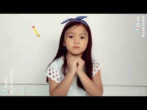 Tik Tok Indonesia Hello Alodia bocah lucu bikin Gemes Pengen Cubit Pipinya