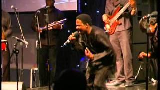 Adeniyi Allen-Taylor- Nigerian Traditional Praise Medley (Oba Nla Concert 2010)