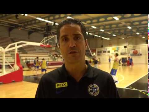 Coach Giannis Sfairopoulos ahead of the tournament in France