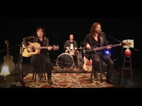 FLYING JOES - Whole Lotta Love - (Acoustic Remake)