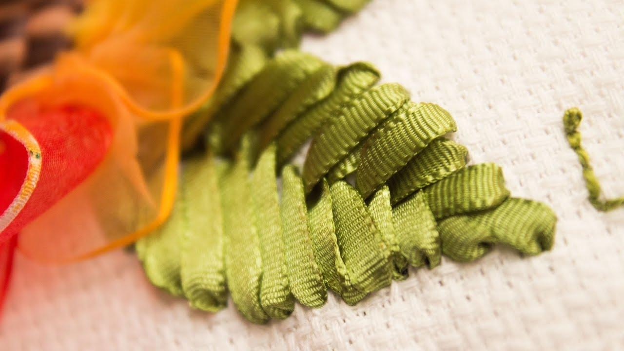 Como hacer puntada de hoja con cintas* Hand embroidery leaf ...