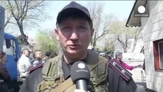 Ukrainian National Guard defend base from pro Russian attack