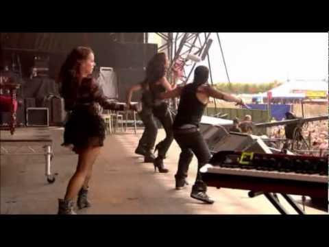 Смотреть клип N-Dubz - Cold Shoulder