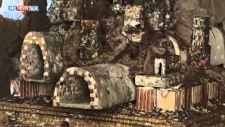 لبناني يحوّل أقبية قديمة إلى متحف