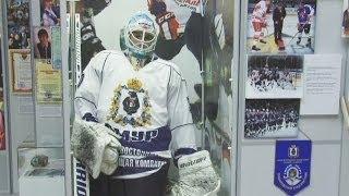 Новая форма «Амура». Утро с Губернией. GuberniaTV(Ребрендинг в хабаровском «Амуре». Руководство хоккейной команды решилось на смену клубного логотипа. ..., 2014-05-19T00:19:59.000Z)