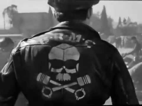 The Wild One 1953   Marlon Brando   The bikers arrive
