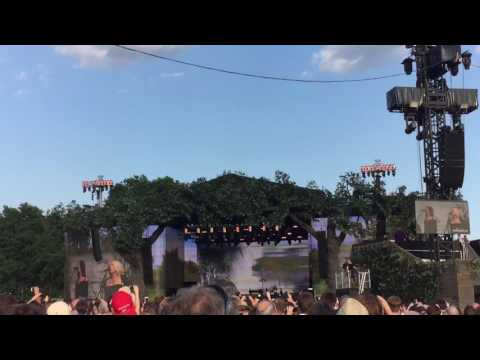 Stevie Nicks live @ Hyde Park London 09/07/2017 - Edge of seventeen (intro)