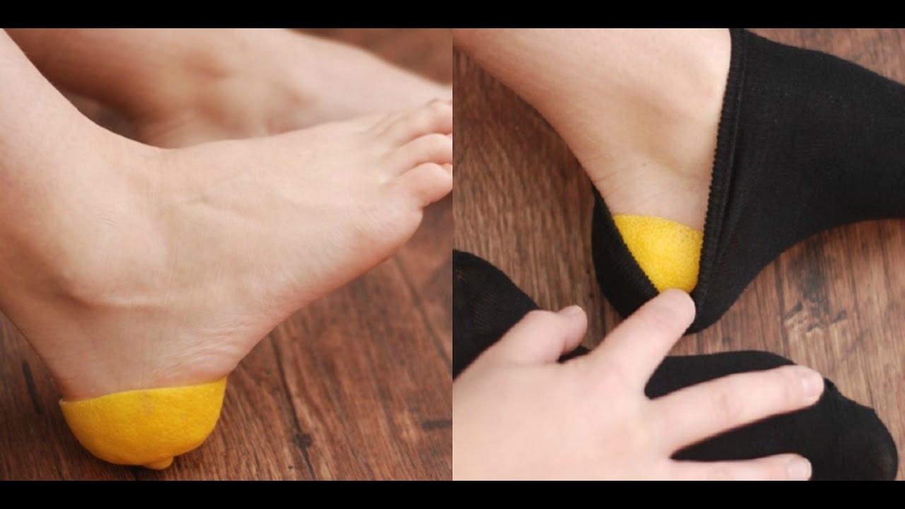 Resultado de imagen para Luego de aprender este truco, nunca más te irás a la cama sin una cáscara de limón en los pies!