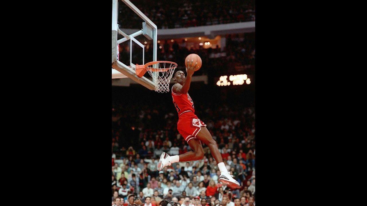 9eb78bc27f68 Michael Jordan One Handed Reverse Dunk 1985 - YouTube