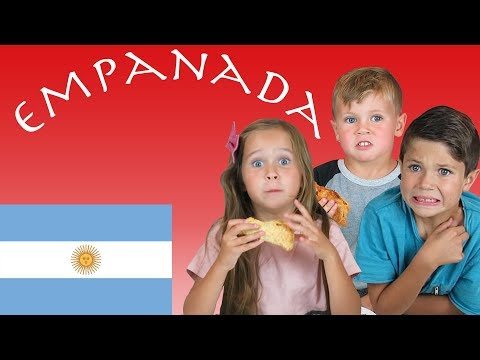 American Kids Try Food From Argentina | Empanada