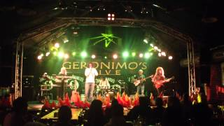 Does it really happen - D-Yes-Is Live at Geronimo